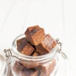 Lakritsifudge lucumalla | Taatelifudge | Vegaaninen | Terveellinen resepti | Fudge