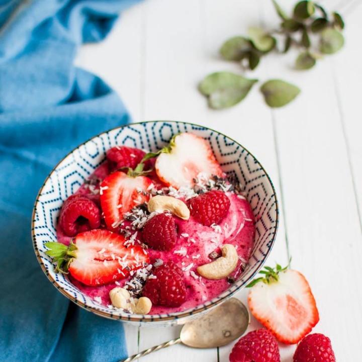 Puolukka-nicecream | Maidoton jäätelö | Vegaaninen jäätelö | Itse tehty jäätelö resepti
