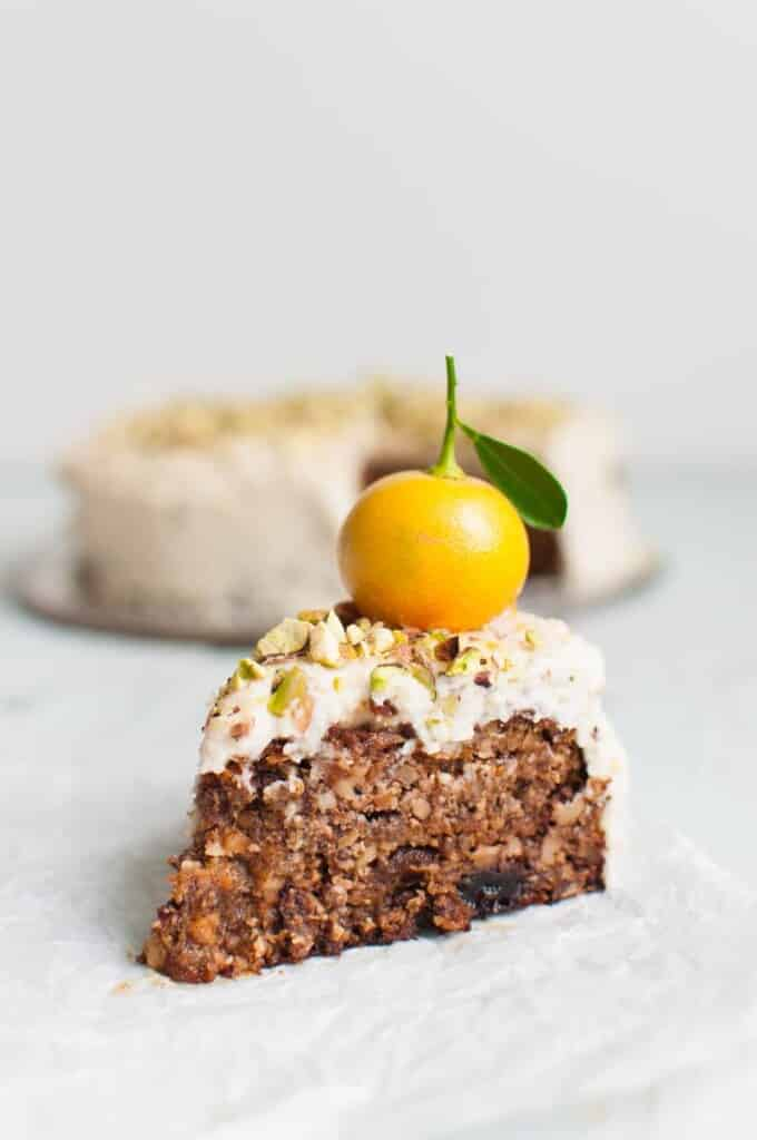 Grain-free Vegan Carrot Cake | Paleo | Sugar-free Baking | Healthy Recipe | Gluten-free