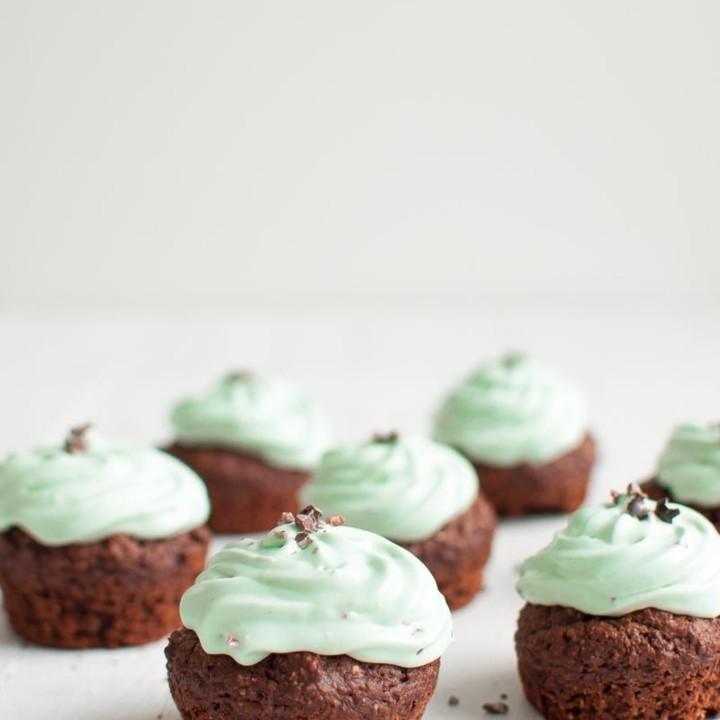 Piparminttu-suklaamuffinit | Sokeriton leivonta | Gluteeniton resepti | Muffinssit